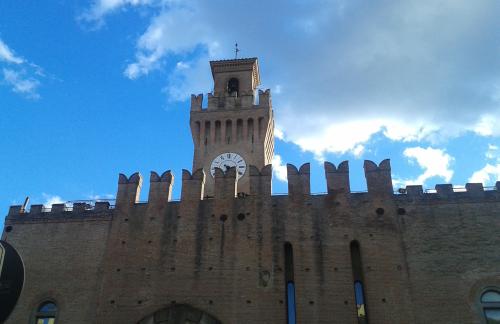 """Storia dal teater ed Castel"""