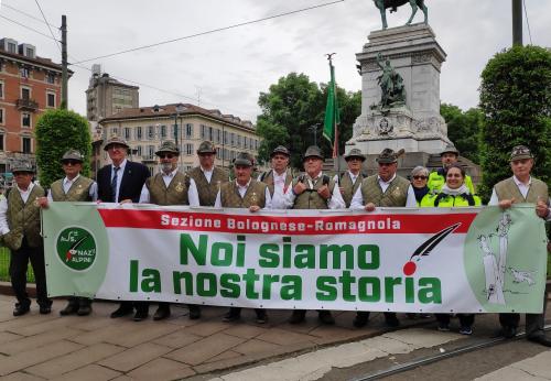 Gli Alpini di Castel San Pietro al Raduno di Milano