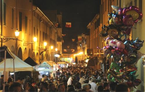 Naturalmiele, Street Food Festival, Musica e Teatro di Strada